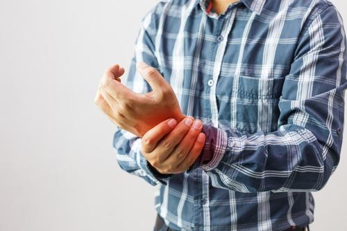 腱鞘炎?SEさん必見のパソコン時の手の痛みの防止策と対処法