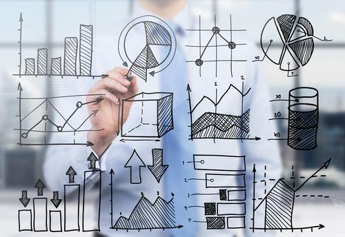 最近ビジネススクールで響いた言葉「分析は比較なり」